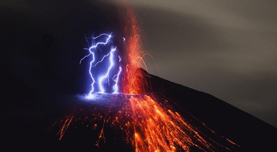 volcan-et-eclair